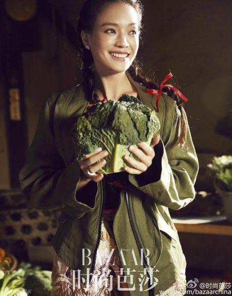 Thu Ky goi cam tren tap chi giua tin don mang thai - Anh 4