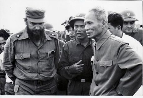 Chuyen tham dau tien cua Fidel Castro toi Viet Nam - Anh 1