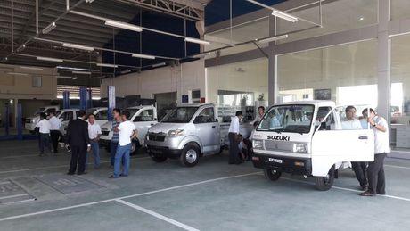 Khai truong showrom o to Suzuki tai Kien Giang - Anh 2