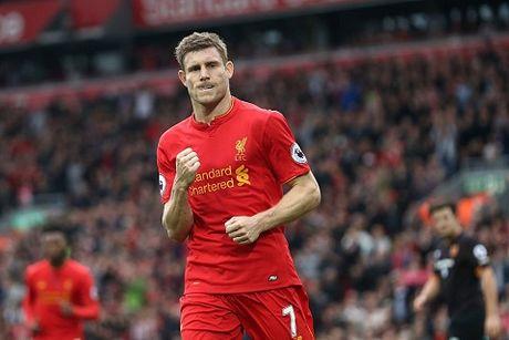 Coutinho dinh chan thuong kinh hoang khi Liverpool ha Sunderland 2-0 - Anh 5