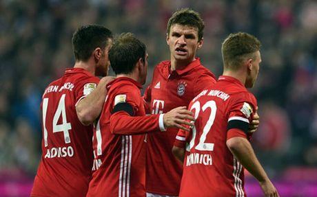 Lewandowski mo nhat, Bayern thang nhoc Leverkusen - Anh 1