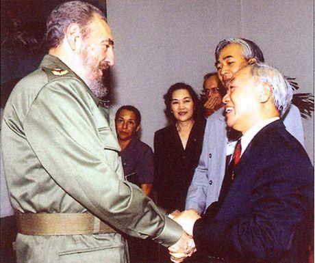 Hinh anh: Lanh tu Cuba Fidel Castro va cac nha lanh dao Viet Nam - Anh 12