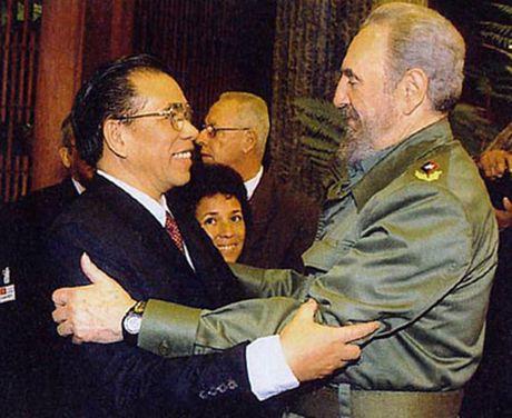 Hinh anh: Lanh tu Cuba Fidel Castro va cac nha lanh dao Viet Nam - Anh 13