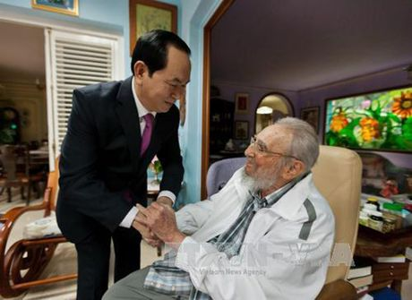 Hinh anh: Lanh tu Cuba Fidel Castro va cac nha lanh dao Viet Nam - Anh 17