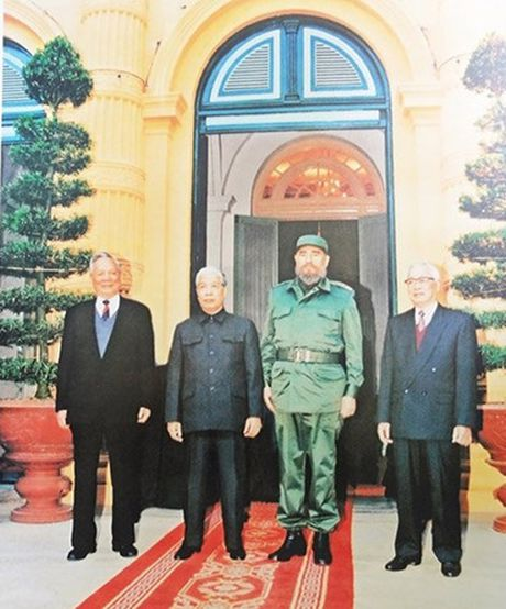 Hinh anh: Lanh tu Cuba Fidel Castro va cac nha lanh dao Viet Nam - Anh 7
