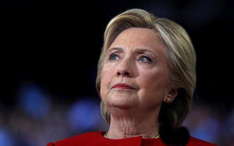 Nhom van dong cua ba Clinton thuc day kiem phieu lai - Anh 1