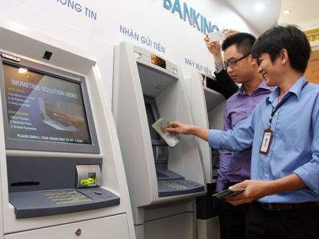 Tu 28/11, chu the ATM se duoc hoan tien neu bi mat tien oan - Anh 1