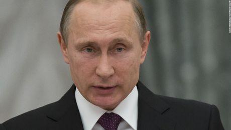 Tong thong Nga Vladimir Putin bat ngo sa thai 4 quan chuc cap cao - Anh 1