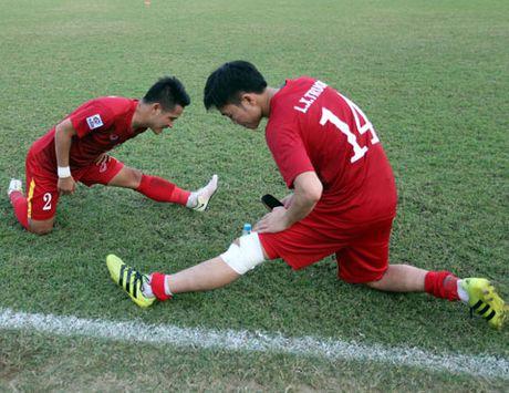 Tai sao Xuan Truong ngoi ghe du bi tran gap Campuchia? - Anh 1