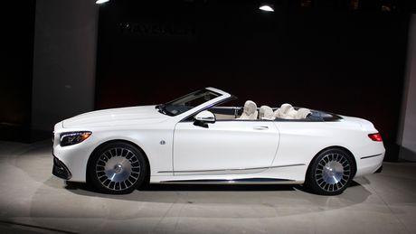 Mercedes 'tuyen chon' khach hang mua Maybach S650 Cabriolet - Anh 5