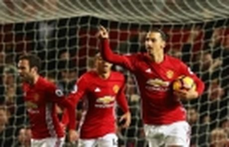 Mourinho lai len khan dai ngoi nhin Manchester United danh roi 2 diem - Anh 16