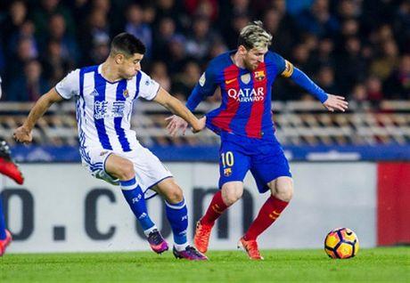 Messi ghi ban nhung van khong 'cuu' duoc Barcelona - Anh 2