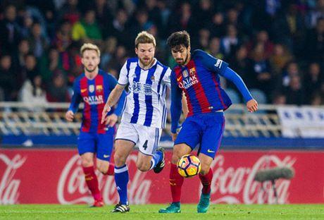 Messi ghi ban nhung van khong 'cuu' duoc Barcelona - Anh 8