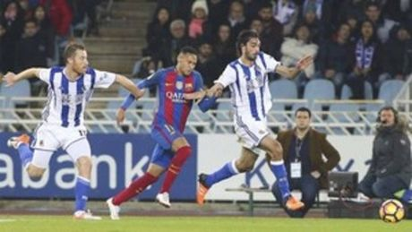 Thong ke cho thay truoc Sociedad, Barca te chua tung thay - Anh 1