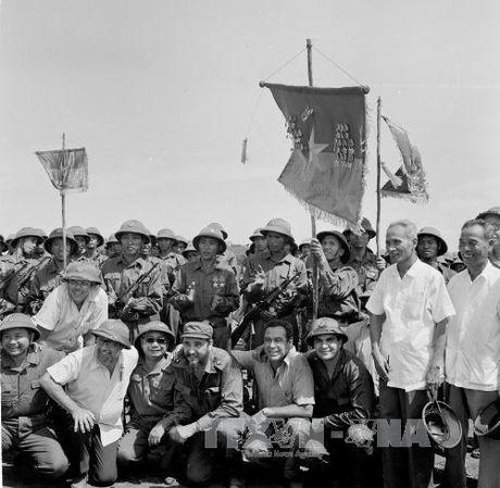 Chuyen tham lich su cua lanh tu Cuba Fidel Castro toi Quang Tri 1973 - Anh 10