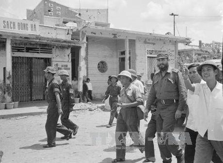 Chuyen tham lich su cua lanh tu Cuba Fidel Castro toi Quang Tri 1973 - Anh 4