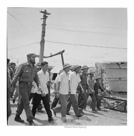 Chuyen tham lich su cua lanh tu Cuba Fidel Castro toi Quang Tri 1973 - Anh 7
