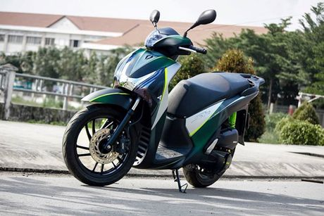 Honda SH doi cu do ao dau 'sieu ngau' tai VN - Anh 1