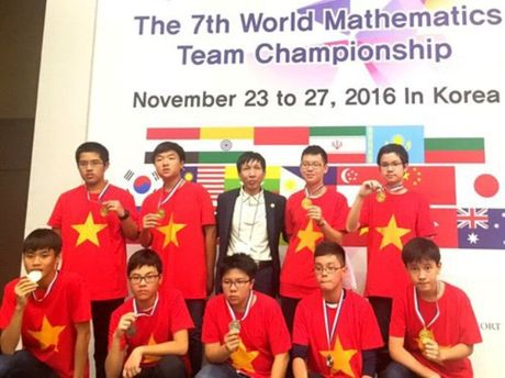 Cuoc thi Vo dich cac doi tuyen Toan the gioi: Hoc sinh Viet Nam doat 20 huy chuong vang - Anh 1