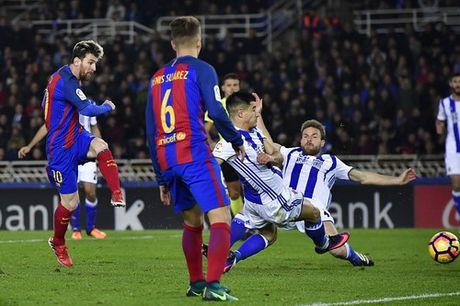 Messi ghi ban, Barcelona van mat diem truoc Sociedad - Anh 5