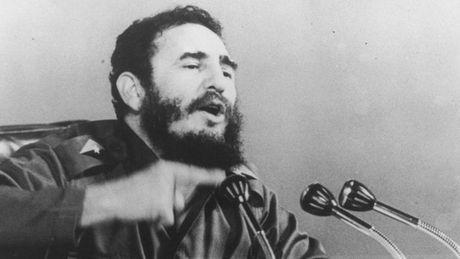 CIA va nhung ke hoach am sat Fidel Castro ky di - Anh 1