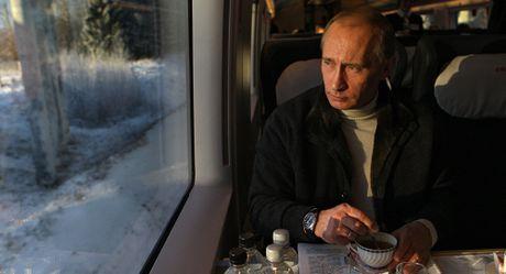5 dieu ong Putin lo lang nhat tren cuong vi Tong thong nuoc Nga - Anh 1
