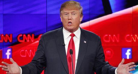 Ong Trump cao buoc hang trieu cu tri bo phieu cho ba Clinton 'bat hop phap' - Anh 1