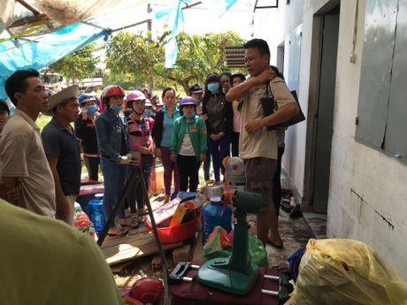 Binh Duong: Phat hien doi nam nu chet guc trong phong tro - Anh 1
