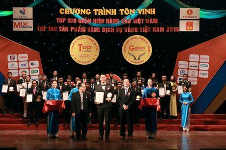 """Spa cua MC Phan Anh lot top """"100 dich vu Vang Viet Nam 2016"""" - Anh 2"""