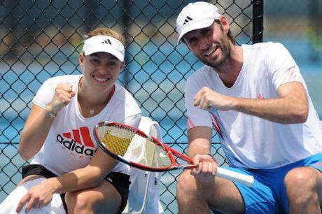 Tennis 24/7: Del Potro gay ngon tay van giup Argentina vo dich - Anh 5