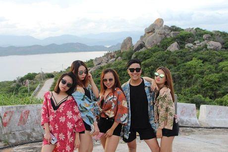 Cuoi ngat voi bo anh 'dien sau' nhu Next Top Model cua sinh vien Bao chi - Anh 18