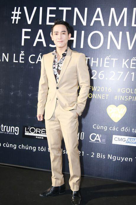Thanh Ha dong vien Vuong Thu Phuong tro lai showbiz - Anh 6