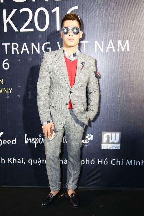 Thanh Ha dong vien Vuong Thu Phuong tro lai showbiz - Anh 7
