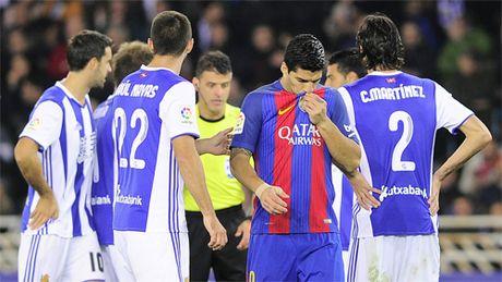 Messi giai cuu Barca, nhung van kem sau diem so voi Real - Anh 3