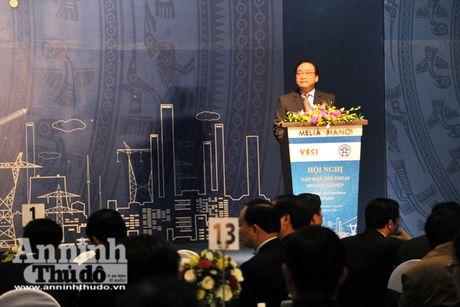 Bi thu Thanh uy Ha Noi Hoang Trung Hai: Phai ngan ngua sach nhieu, giam phien ha cho doanh nghiep - Anh 1