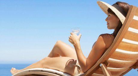 Them cong trinh nghien cuu bac bo tac dung cua viec uong vitamin D - Anh 1