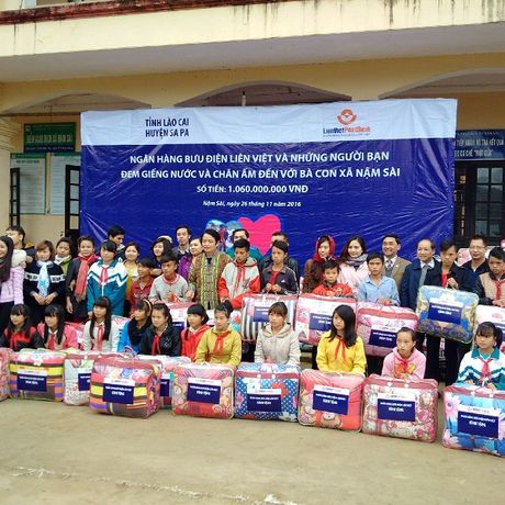 LienVietPostBank khoi nguon nuoc tai Nam Sai, huyen Sapa, tinh Lao Cai - Anh 1