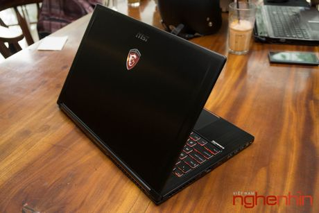 Danh gia gaming laptop sieu mong MSI GS63VR Stealth Pro - Anh 7