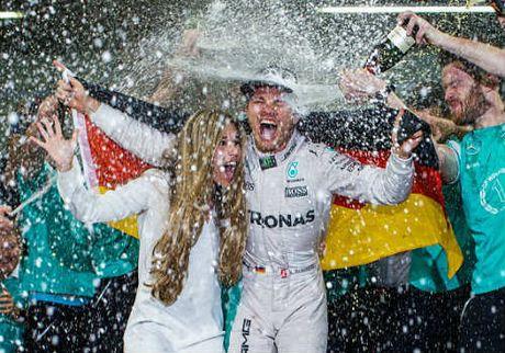 Nico Rosberg lan dau tien vo dich the gioi o mon dua xe Cong thuc 1 - Anh 1