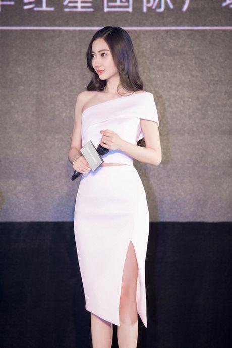 10 my nhan Hoa ngu de dang vuot qua moi thu thach khoe eo thon - Anh 1