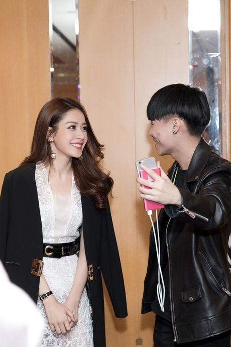 Hau WebTVAsia Awards, Chi Pu duoc truyen thong chau A 'vay kin' - Anh 11