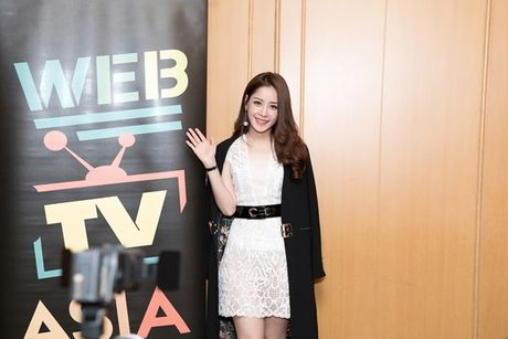 Hau WebTVAsia Awards, Chi Pu duoc truyen thong chau A 'vay kin' - Anh 1