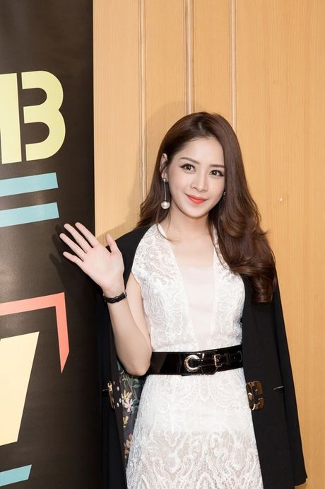 Hau WebTVAsia Awards, Chi Pu duoc truyen thong chau A 'vay kin' - Anh 2