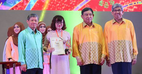 Viettel duoc vinh danh tai Asean ICT Awards 2016 - Anh 1