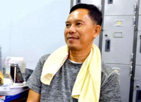 Vu Buon lau 18kg vang qua Cua khau quoc te Tinh Bien: Khoi to Thieu ta, Pho Don Cong an Cua khau Phnom Den - Anh 3
