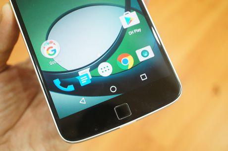 Can canh mau smartphone Moto Z Play kem phu kien mo rong - Anh 6