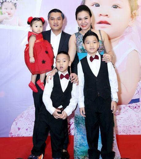 MC Xuan Hieu mung thoi noi con gai o khach san 5 sao - Anh 1