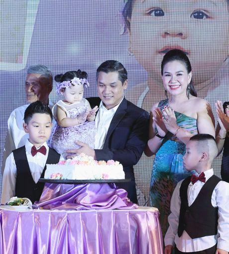 MC Xuan Hieu mung thoi noi con gai o khach san 5 sao - Anh 4