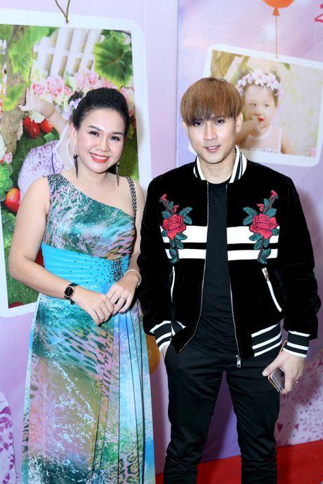 MC Xuan Hieu mung thoi noi con gai o khach san 5 sao - Anh 6