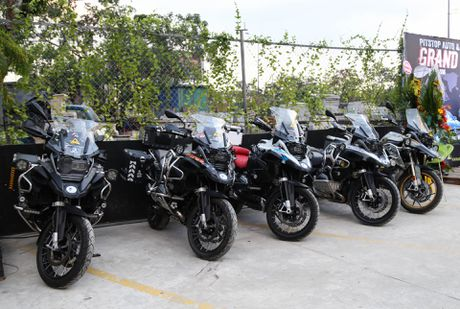 Hang chuc moto va sieu xe tap trung o Sai Gon - Anh 13